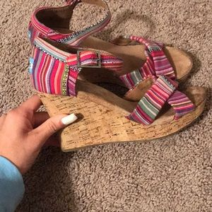 Toms Shoes - Striped Tom wedges
